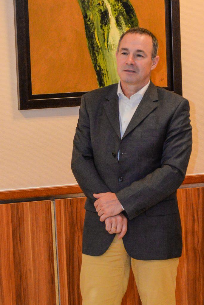 Kropkó Promotion Kft. képviseletében Kropkó Péter